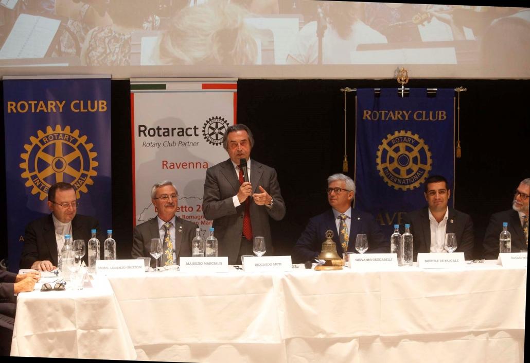 2017 Luglio - Il Maestro Riccardo Muti relatore e ospite al Club